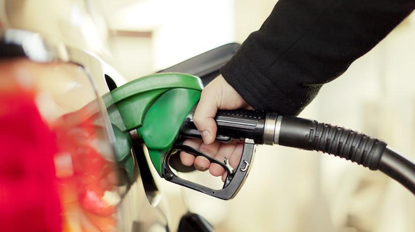 Со една плата во Луксембург може да купите над 3000 литри гориво