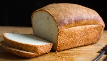 3 причини зошто да прекинете да јадете леб