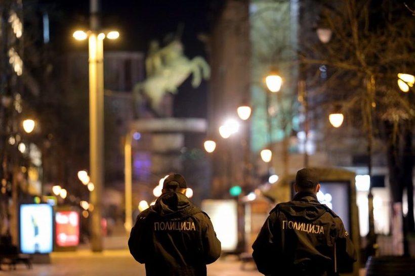 Викенд полициски час: Наместо целосен карантин, поблага варијанта од 14 до 05 часот?