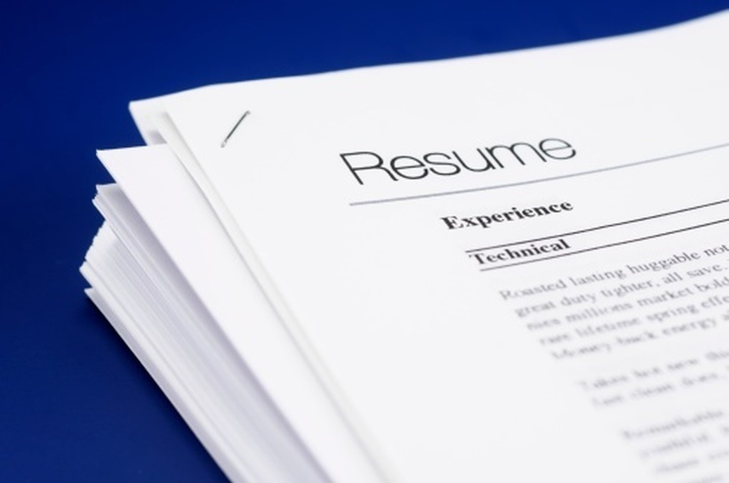 Регрутерка која видела над 50.000 CV-а вели дека овие 7 грешки никако не смеете да ги правите