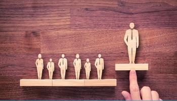 Истражувањата покажаа: Оваа особина ќе ви обезбеди шефовска позиција