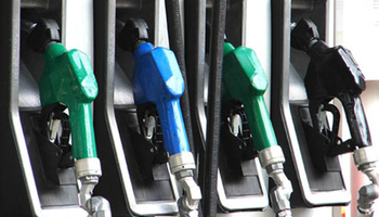Бензините поевтинуваат за 1,5, а дизелот за еден денар
