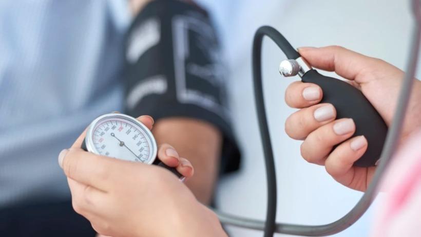 Познат кардиолог откри: Вратете го крвниот притисок во нормала за само 5 минути