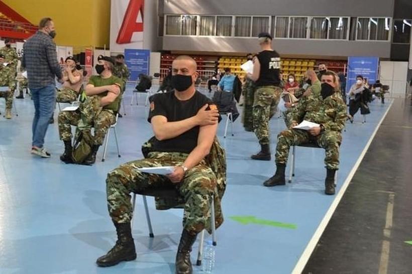 Армијата се вакцинираше со руската вакцина Спутник