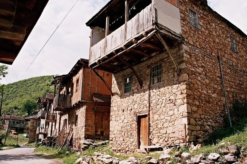 Субвенции до 200.000 денари ако стара куќа на село пренамените во туристички апартман