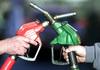 Од полноќ за 2,50 денари поскапува дизелот - Големо зголемување на цените на горивата