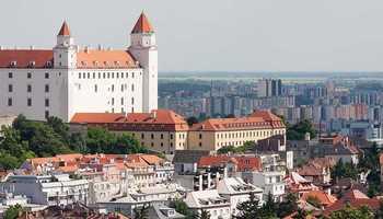 Плата до 870 евра, бонуси и ваучери за оброци! Аплицирајте за работа во Братислава, Словачка!