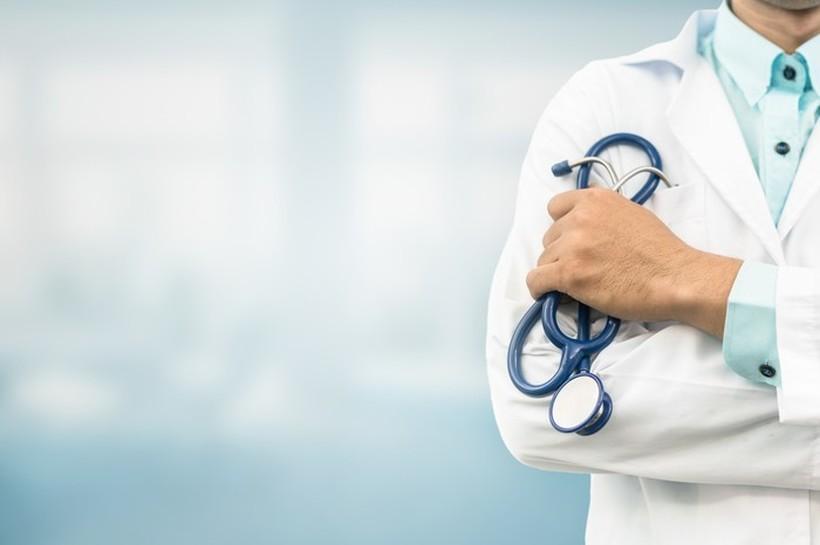 Лекарската комора со барање: Платите на лекарите да бидат до 1 600 евра